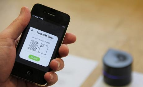 Zuta Pocket l'imprimante robot qui se déplace seul sur le papier