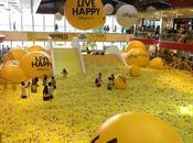 gigantesque piscine balles ouvre Hong Kong