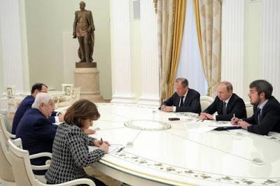 Syrie : Vladimir Poutine promet que la Russie soutiendra Damas, y compris militairement