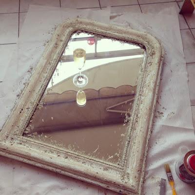 diy customisation d 39 un miroir louis philippe chin et plut t mal en point voir. Black Bedroom Furniture Sets. Home Design Ideas