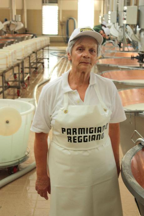 La fromagère… © P.Faus - copie