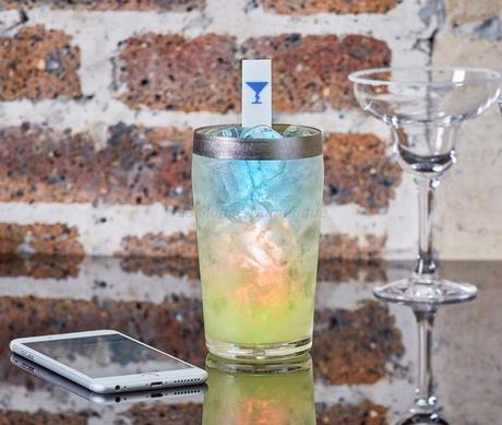 MixStik, le bâtonnet connecté pour réussir ses cocktails