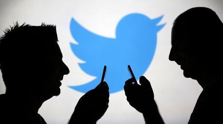 Twitter. Le réseau social accusé d'espionner ses utilisateurs