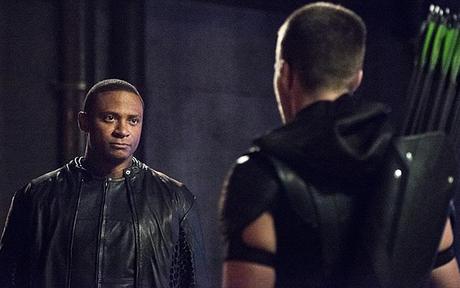Arrow Synopsis photos promos l'épisode 4.01