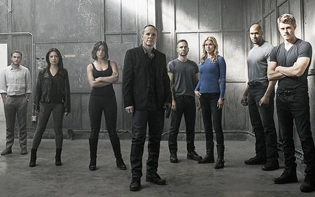 Agents of SHIELD : Des photos du casting de la saison 3 !