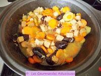 Tajine aux Carottes, Tofu et Pruneaux (Vegan)