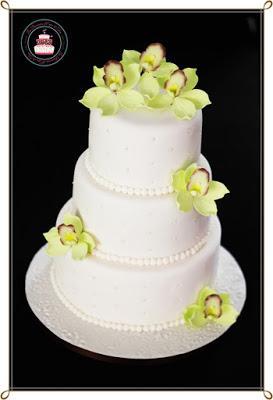 wedding cake lys et orchidées