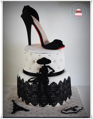 Cake design petite robe noire