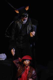 Eby et son petit chaperon rouge : la pièce à ne pas rater cet automne !