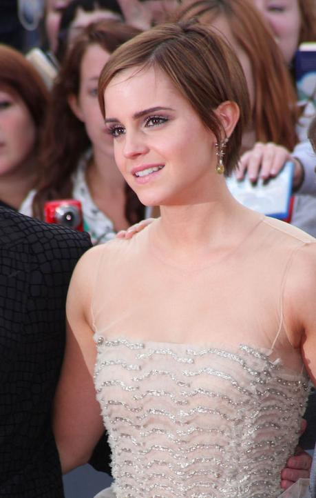 Emma Watson pixie coiffure cheveux