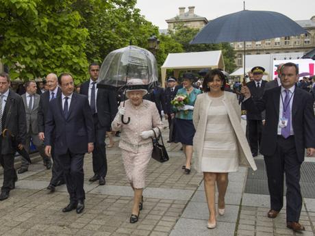 Statut de Paris : Hidalgo se prend pour une reine-maire !