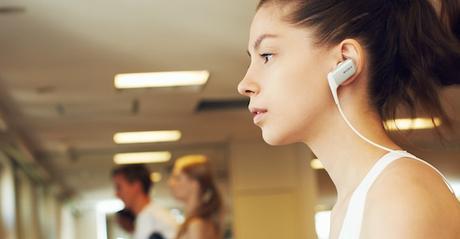 Ouverture comparatif ecouteur sport avec Sony