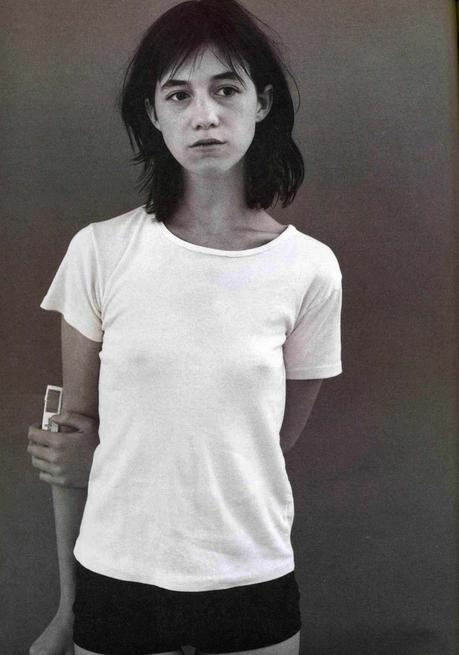 a-guide-to-cool-folkr-charlotte-gainsbourg-08
