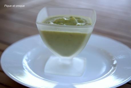 Soupe froide de courgettes-fenouil