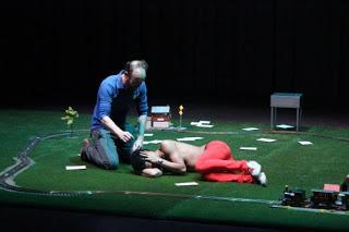 Le bizarre incident du chien pendant la nuit mis en scène par Philippe Adrien