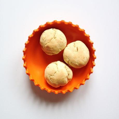 Petits-pains-mais-muscade-romarin