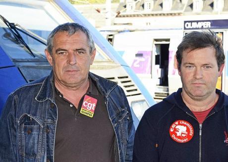 Yvon Coat, secrétaire de l'union locale CGT de Quimper, et Gabriel André,...