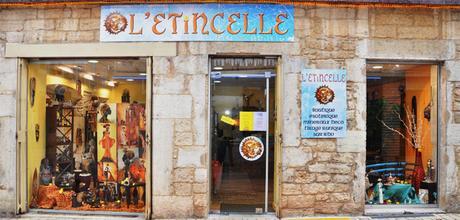 31 Octobre 2015 à BOURGOIN-JALLIEU (38): Dédicace à la Boutique Librairie L'Etincelle