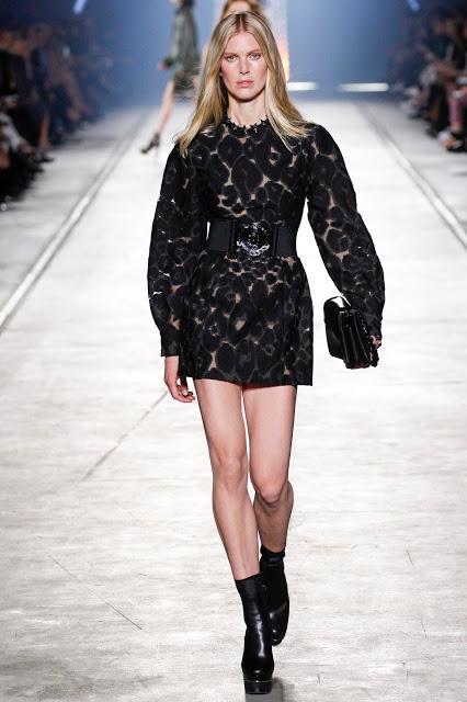 Milano Fashion Week : Le Défilé Versace...