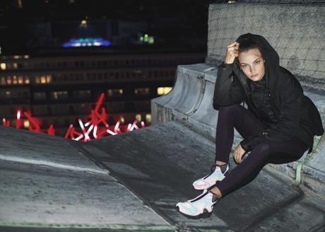 Nike-Women-Air-Huarache-Run-Mid-Iridescent-1