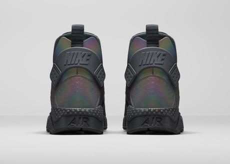 Nike-Women-Air-Huarache-Run-Mid-Iridescent-4