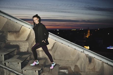 Nike-Women-Air-Huarache-Run-Mid-Iridescent-6