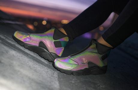 Nike-Women-Air-Huarache-Run-Mid-Iridescent-5