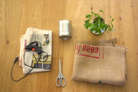tutoriel diy cache pot r cup avec de la toile de jute et boite de conserve lire. Black Bedroom Furniture Sets. Home Design Ideas