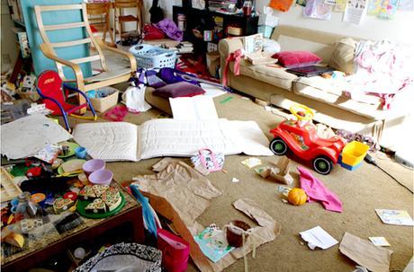 file good quand marie kondo s invite dans votre salon rangement d tox 2 voir. Black Bedroom Furniture Sets. Home Design Ideas