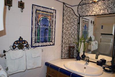 salles de bain la marocaine lire. Black Bedroom Furniture Sets. Home Design Ideas