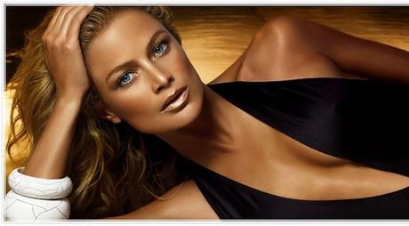 Jessica Alba plus sexy que jamais  Bikini, peau bronzée et poses sensuelles
