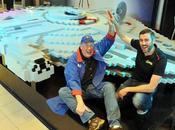 LEGO construit plus grand Faucon Millenium jamais réalisé