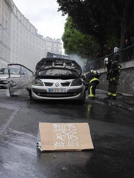 voiture de police incendi e paris paperblog. Black Bedroom Furniture Sets. Home Design Ideas