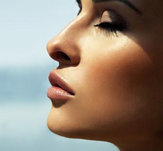 Préparer sa peau aux expositions UV avec Vitalfan Solaire  La Cosméto'Sphère