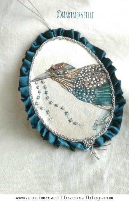 Médaillon Marimerveille Conte d'oiseau N° 14 effet miroir