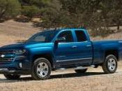 Chevrolet Silverado 2016 Ford F-150 Match comparatif