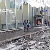Violences policières Paris: manifestants s'écroulent pleine manif contre travail