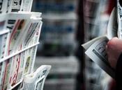journaliste face lecteurs