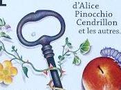 Dans poches d'Alice, Pinocchio, Cendrillon autres d'Isabelle Simler