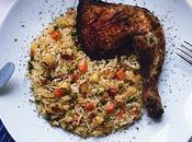 Barbecue mauricien Poulet grillé mariné bière, miel herbes servi avec fricassé légumes