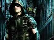 Arrow nouveau trailer minutes pour saison promet retour sources