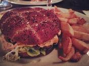 Dîner dominical Jaurès brasserie style industriel rustique chaleureux #paris #iloveparis #parismaville #parismonamour #instaparis #igersparis #monparis #myparis #food #foodporn #restaurants #jaures #canalourcq @Cafe Jaures