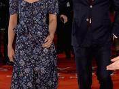 """Alicia vikander rayonne bulgari lors premiere londonienne """"une entre deux oceans"""