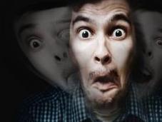 SCHIZOPHRÉNIE: Créer hallucinations pour mieux traiter eLife