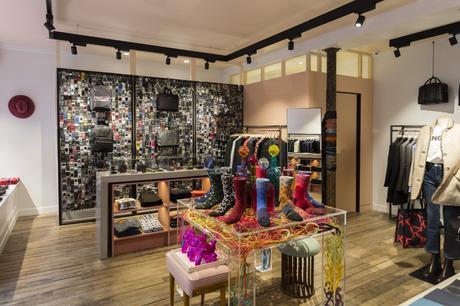premi re boutique ps by paul smith paris voir. Black Bedroom Furniture Sets. Home Design Ideas