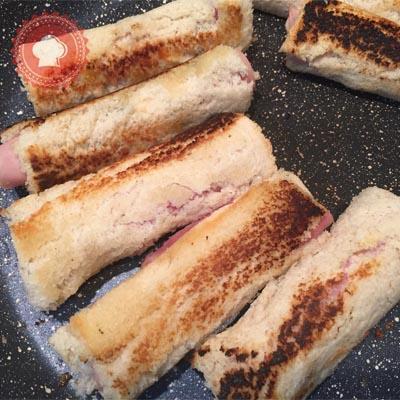 Oeufs la coque et mouillettes jambon fromage pour s amuser paperblog - Oeuf a la coque sans coquetier ...