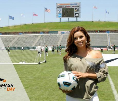 Eva Longoria en présentatrice vedette des Fifa Football Awards