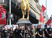 nous signale niche #PesteBrune #Tours Dissidence française