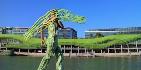 Archi l homme qui se fond dans l architecture voir for Architecture qui se fond dans le paysage