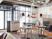 """café lumineux familial Sopot, décoration """"nautique"""" très inspirante!"""